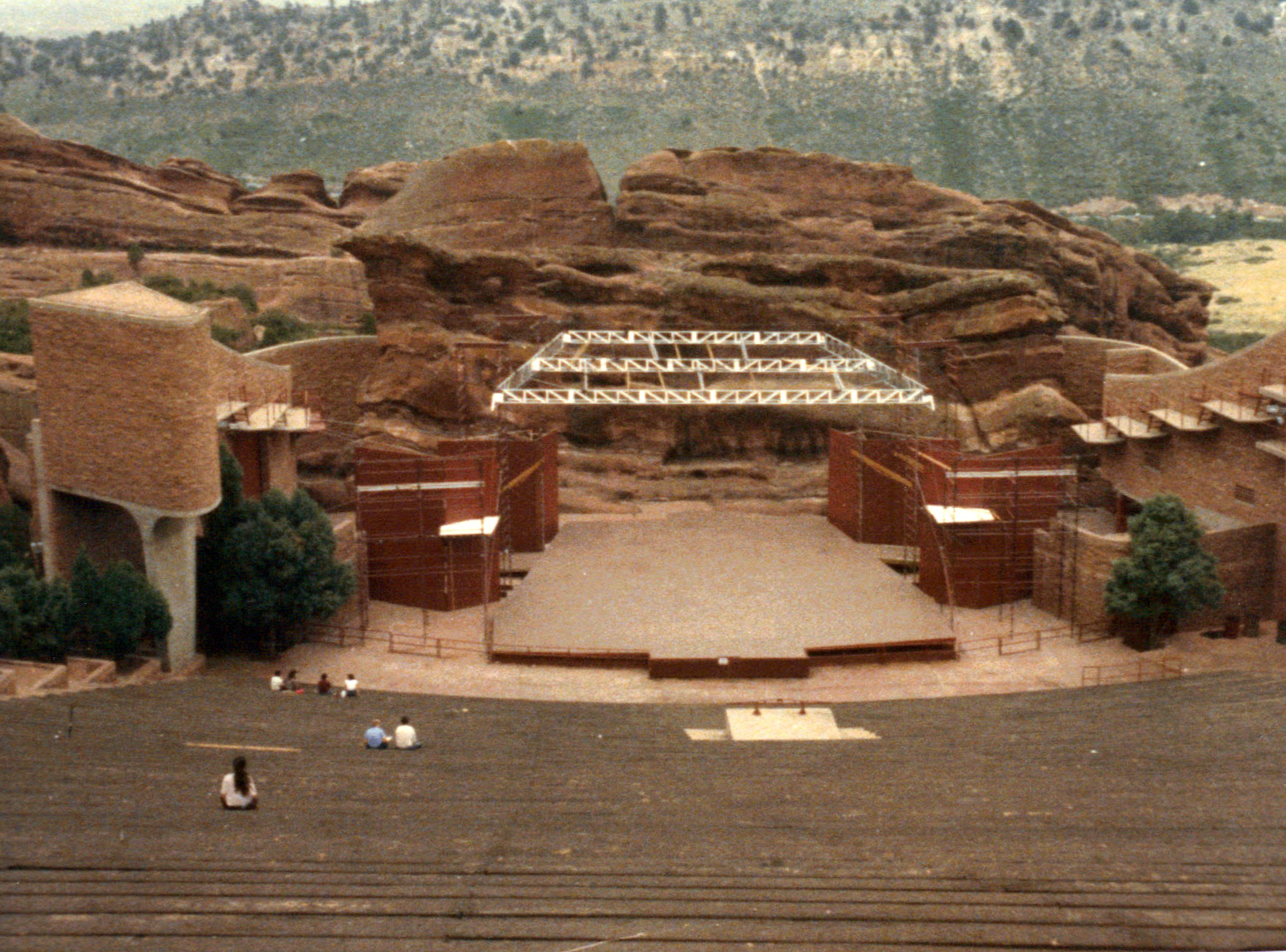 Red rocks amphitheatre aimless 2011 with purpose